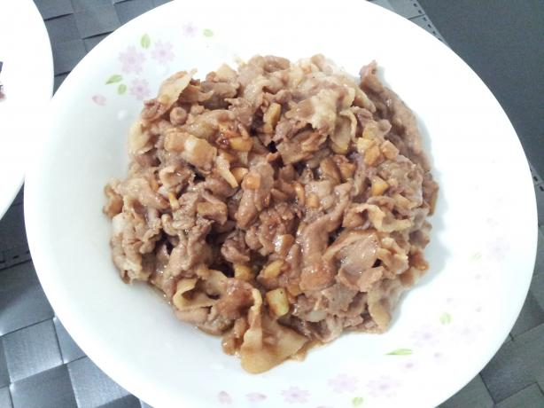 Singapore Pork and Onion Stir-Fry (Chinese)