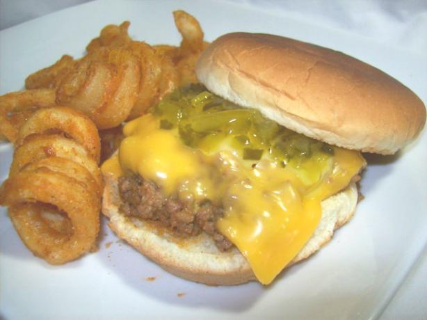 Linda's Sloppy Cheeseburger Joes