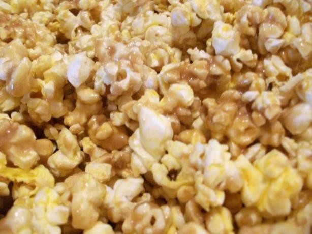 Heather's Baked Caramel Corn