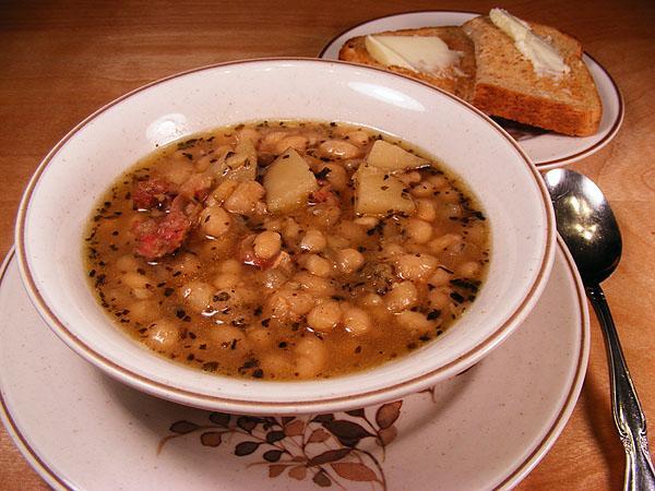 Bill's Super Bowl Navy Bean Soup