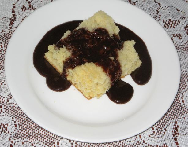 "Mom's Ultra Quick Yellow Cake and Chocolate "" Dip"""