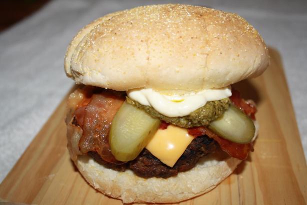 Man-Burgers (Half-Pound Hamburgers)