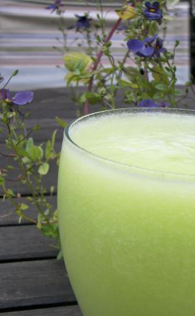 Cucumber Honeydew Smoothies