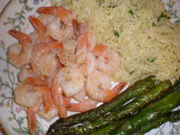 Lemon Pepper Shrimp Scampi With Sauteed Asparagus