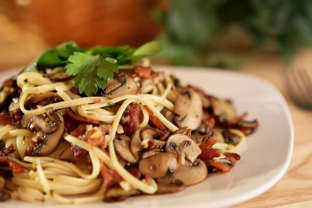 Mushroom-Bacon Pasta