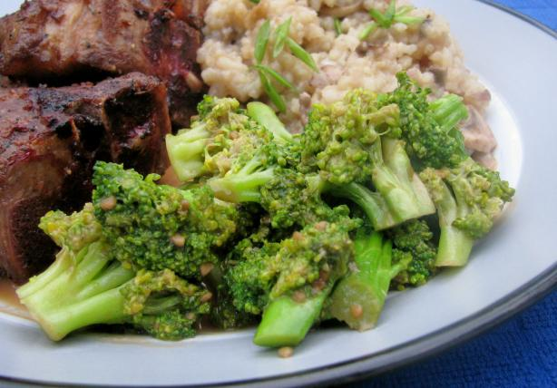 Asian Broccoli With Peanut Butter