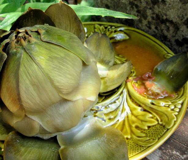 Alcachofas En Vinagreta Aromatica (Artichokes in Vinaigrette)