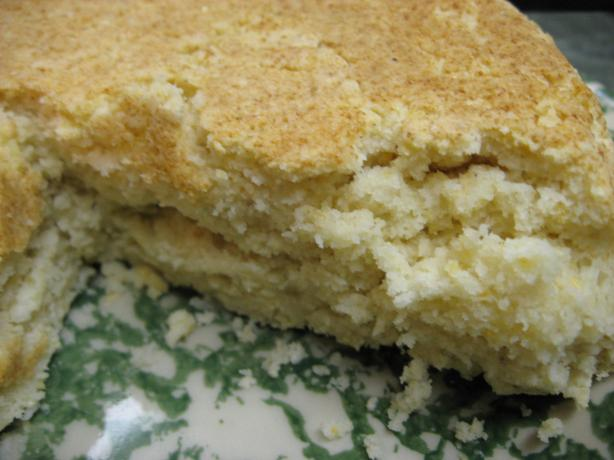 Cornbread in a Round (Low-Fat)