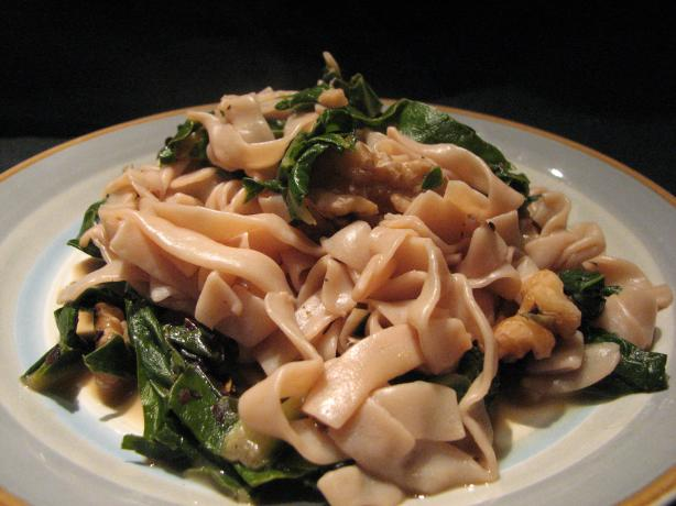 Fettuccine With Swiss Chard, Walnuts and Lemon