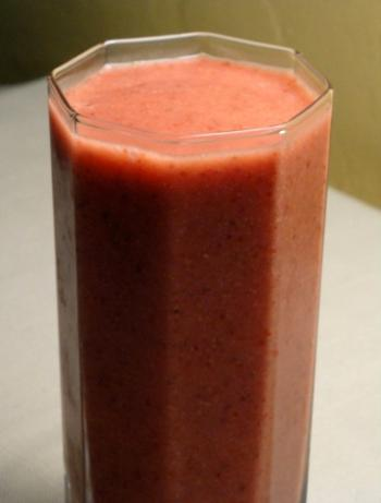 Ginger Berry Zing (Raw Food)
