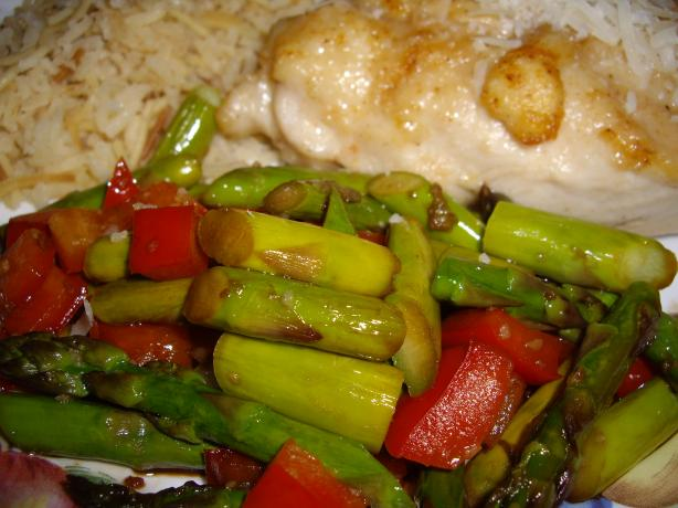 Sauteed Garlic Asparagus with red Peppers