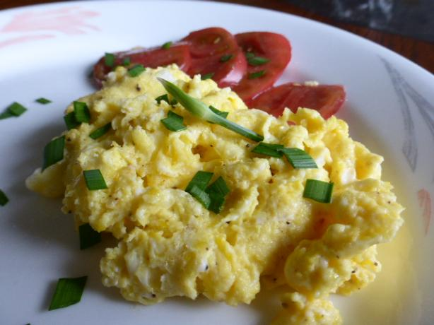 Scrambled Eggs With Coconut Oil