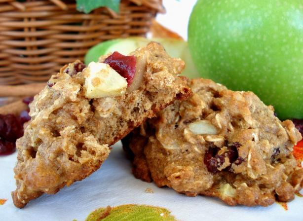 Low Fat Apple-Cranberry Breakfast Cookies