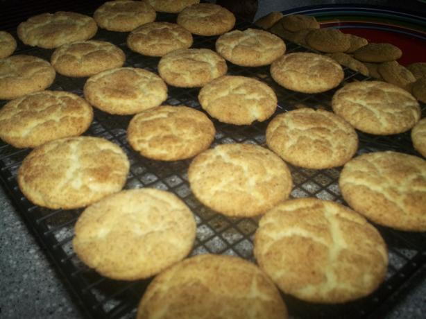 Easy Snickerdoodles Cookies (From a CAKE MIX!)