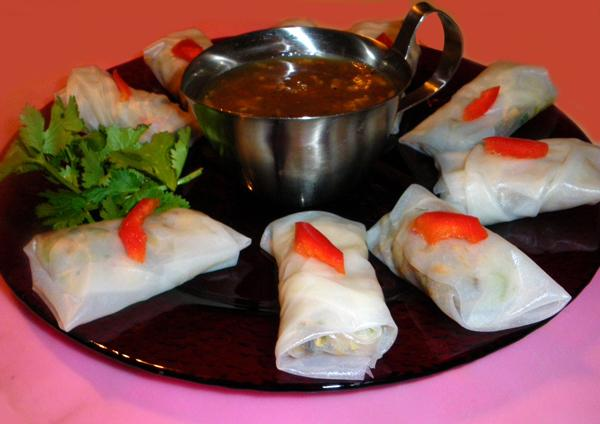 Shrimp and Chicken Rice Paper Rolls