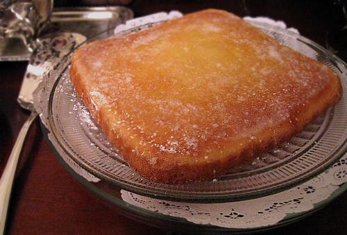 Aunt Tootsie's Lemon Cake