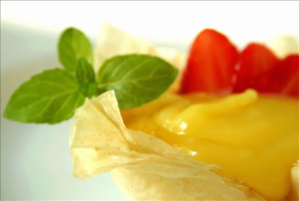 Strawberry and Lemon Curd Phyllo Baskets