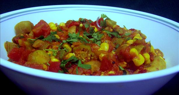 Curried Okra With Tomato