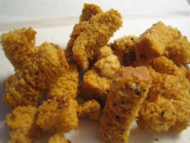 Drew's Spicy Croutons