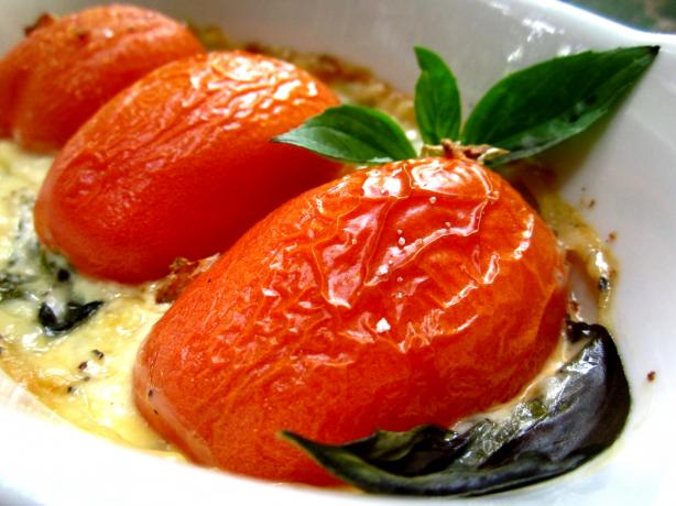 Swiss Baked Tomatoes in Cream