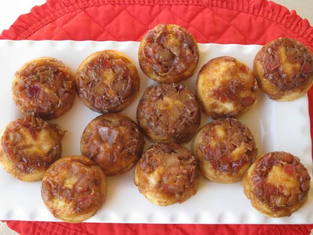 Upside-Down Rhubarb Muffins