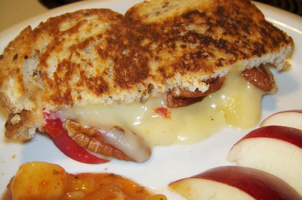 Brie and Apple Sandwich