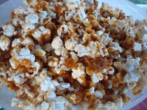 A Super Snack Bowl - Cajun Caramel Corn (For ZWT-9)