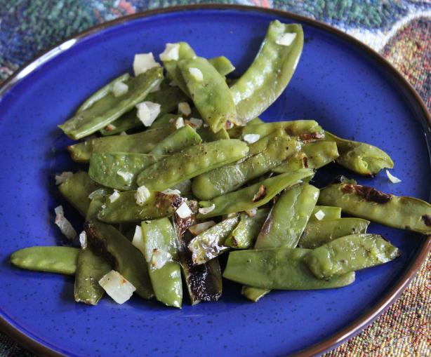 Forevermama's Roasted Sugar Snap Peas With Thyme