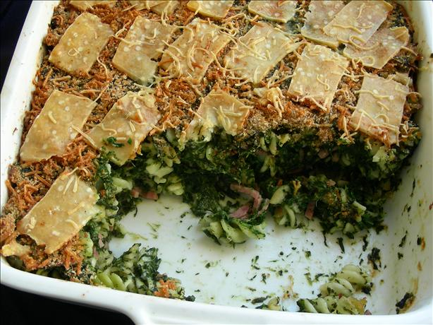 Spinach and Hot Ham Baked Pasta With a Crispy Top
