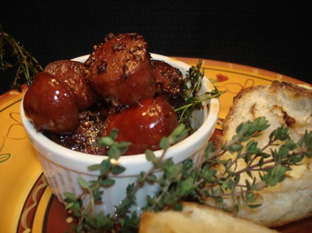 Chorizo Al Vino (Chorizo in Red Wine)