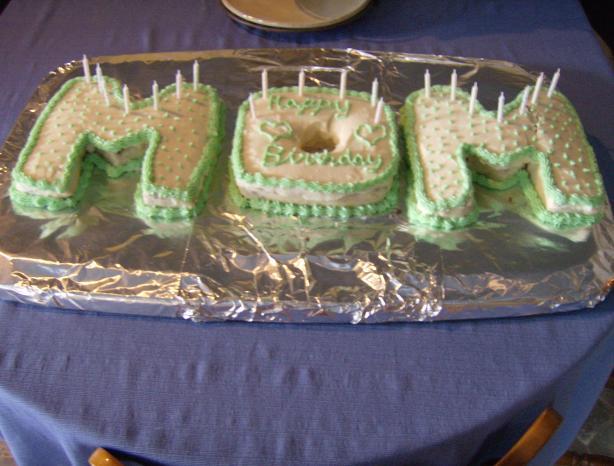 Wet Chocolate Cake / Cupcakes