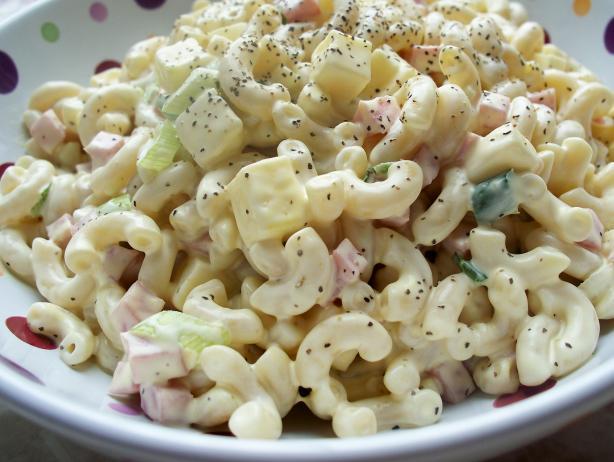 Super Easy Macaroni Salad