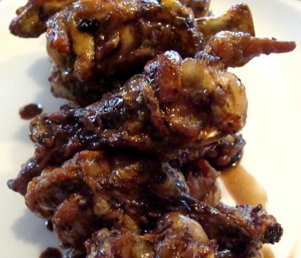 Balsamic Soy Glazed Chicken Wings