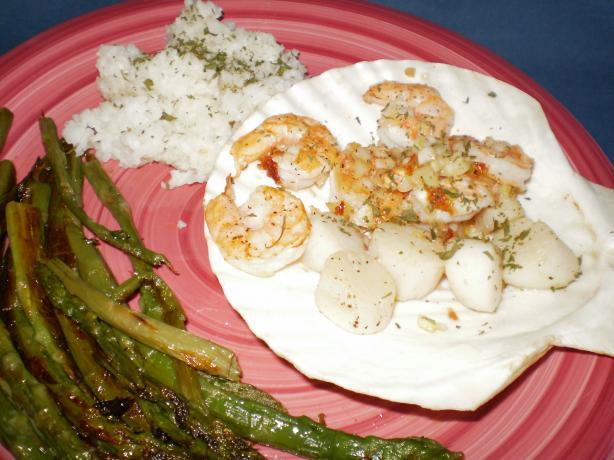 Garlic Scallops and Shrimp