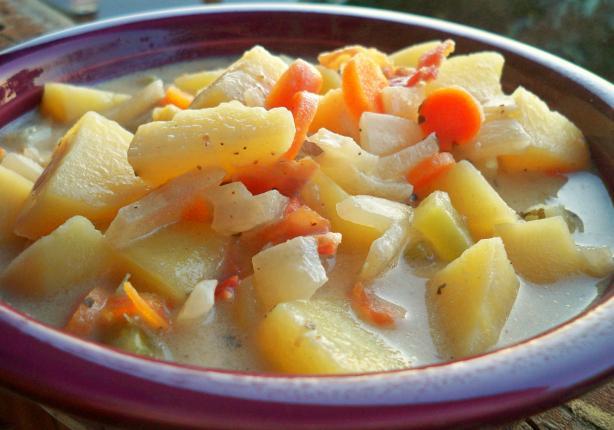 Slow Cooker Hearty Potato Soup