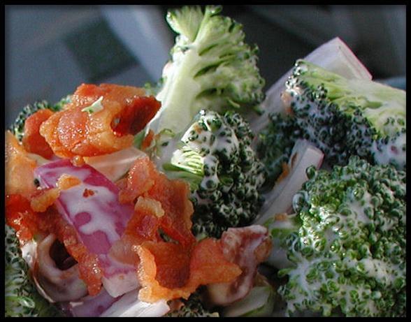 Broccoli Bacon Red Onion Salad