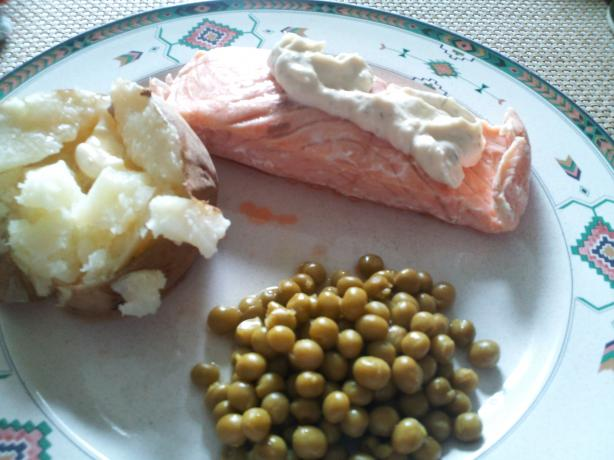 Simple and Healthy Poached Salmon