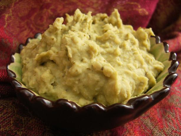 White Bean Pesto Dip