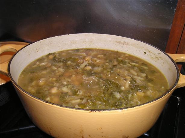 Portuguese Spinach & Chickpea Soup (Sopa De Grao)