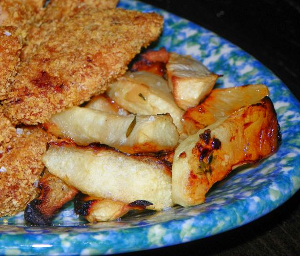 "Crispy Chicken Fingers With Ontario Apple ""fries"""