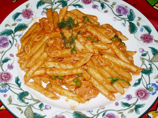 Penne With Vodka Cream and Smoked Salmon