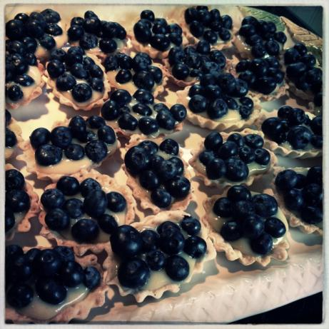 Blueberry Tartlets (Bite-Sized Little Pies)