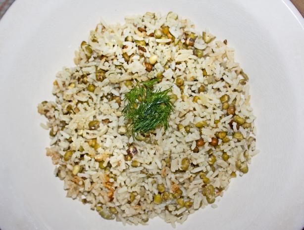 Iraqi Mung Beans and Rice - Mash M'tubuq
