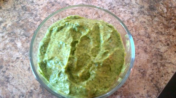 Simple Spinach Dip (Raw Vegan))