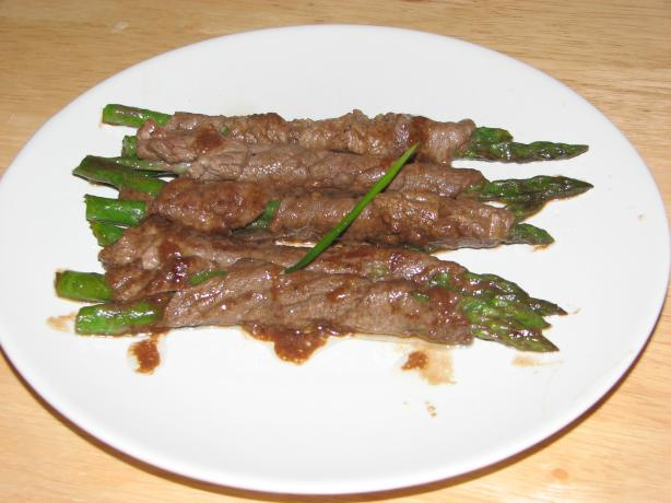Asparagus Negimaki (Japanese Beef Rolls)