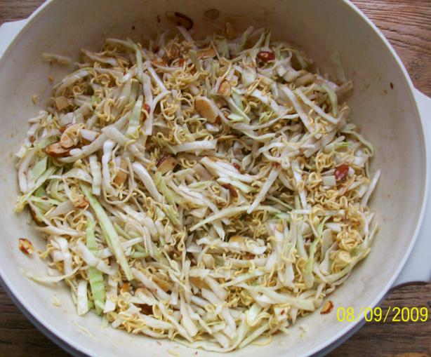 Crunchy Asian Ramen Cole Slaw