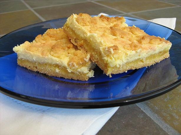Easy Cheesecake Lemon Bars