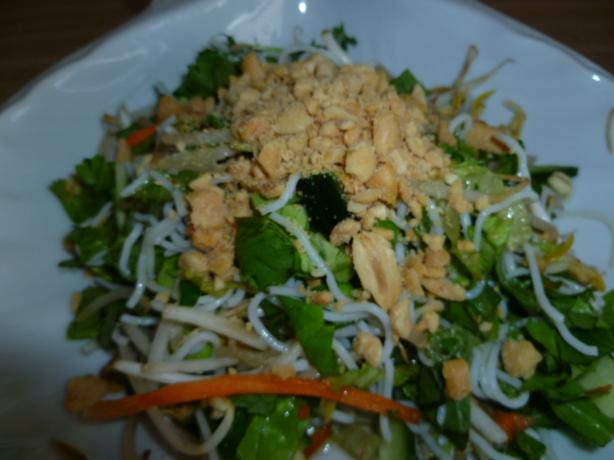 Bun Chay (Vietnamese Veggie Rice Vermicelli Salad)