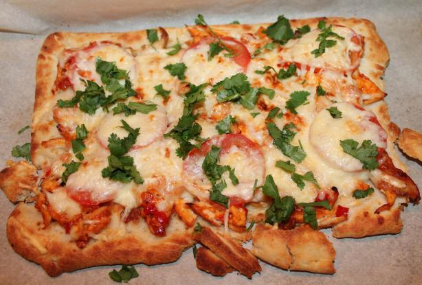 Easy and Tasty Barbecue Chicken Pizza