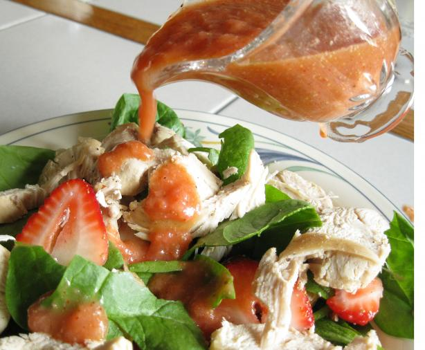 Strawberry Spinach Salad With Chicken Breast